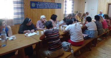 Катехитки із Надвірнянщини взяли участь у формаційних курсах для катехитів